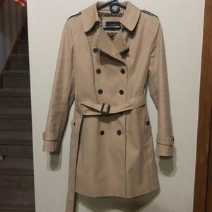 Ann Taylor Kaki trench coat